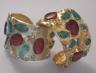 #B014, #B015 Cornbury Park Emeralds Unmatched Pair of Cuffs