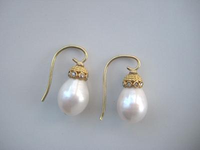 #ER019, #ER020 RAIN DROP WHITE PEARLS & DIAMOND CAPS-SOLD