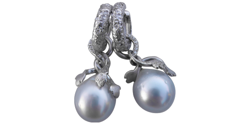 SOUTH SEA SILVER PEARLS FROM THE ITALIAN COLLECTION
